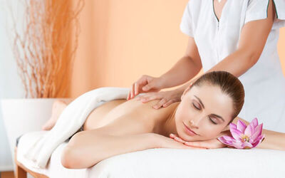 Romantic You and Me Treatment for Couple (90 Minutes)