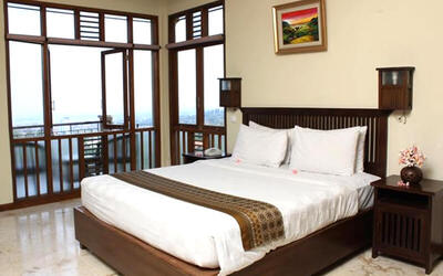 Dago: 2D1N Stay at Deluxe Room + Breakfast
