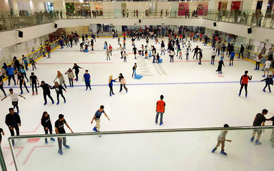 (Mon-Thu) All-Day Ice Skating with Rental Skates for 2 People