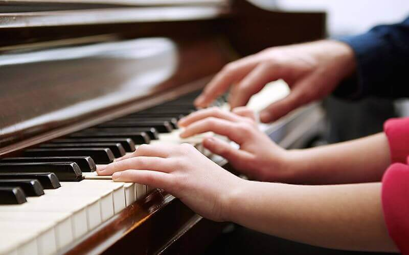 30-Minute Individual Instrument Lessons for Groups of 2 People (1 Session) (Parkway Parade)