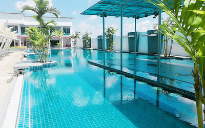 Thailand: 3D2N Stay in Deluxe Room with Breakfast for 2 People