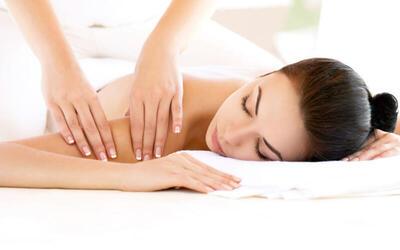 1x Tuina Full Body Massage & Head Massage + Complimentary Drink (90 Menit)