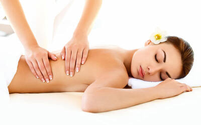1x Back Release Massage with Aromatic Oil + Body Mask + Foot Bath & Shower + Complimentary Drink (105 Minutes)