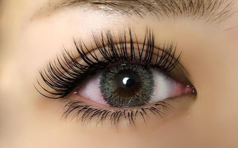 150-Piece Natural Eyelash Extension with Express Facial for 1 Person