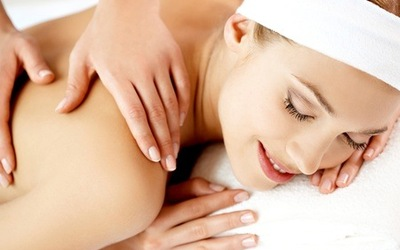 75-Min Hickory Wood Massage with Foot Spa for 2 People