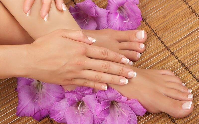 Gel Manicure with Return Soak-Off for 1 Person (1 Session)