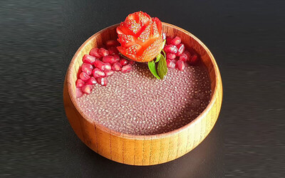 Medium Imported Brazilian Acai Bowl with Five (5) Premium Toppings for 1 Person