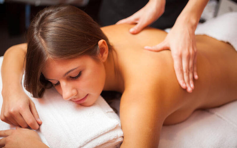1-Hour Back Lymphatic Treatment for 1 Person