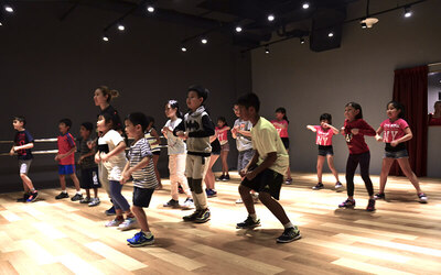 Kids Kpop/ Urban Choreography/ Vocals / Hip Hop Dance / Bouncefit® Kids Classes for 1 Person (4 Sessions)