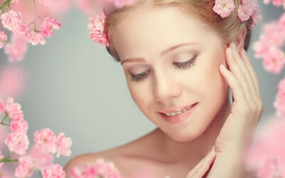 1.5-Hour Signature Ultrasound Facial Treatment for 1 Person