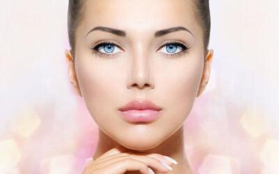 Facial by Jannsen Cosmeceutical + Cleansing + Face Scrub + Face Massage + Steam + Ekstrasi + Masker (60 menit)