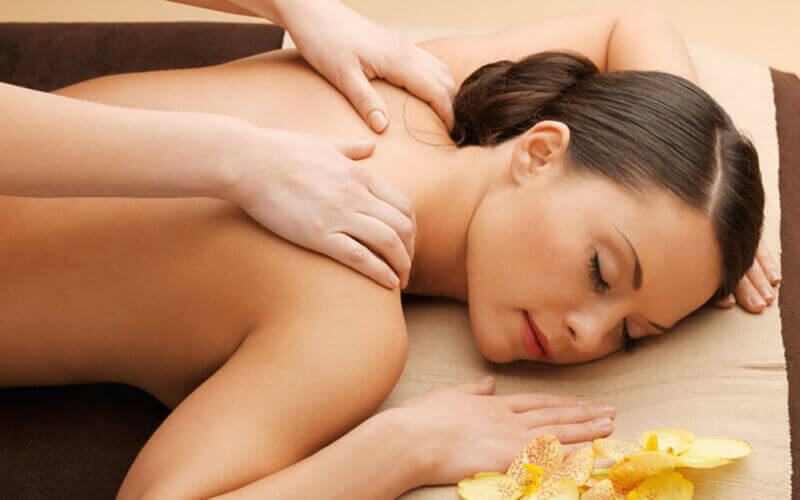 1.5-Hour Full Body Lymphatic Massage + Detoxification for 1 Person