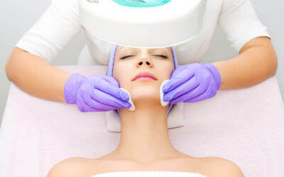 2-Hour Omega Oxygen Therapy Facial for 1 Person