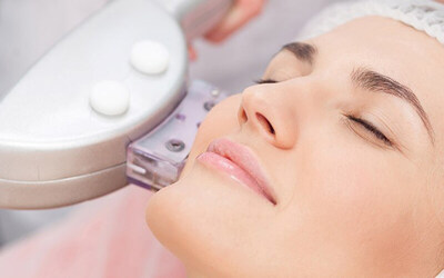 Ice Laser Facial Treatment for 2 People