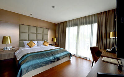Bali: 5D4N Stay in Private Pool Suite with Breakfast and 1-Way Airport Transfer for 2 People