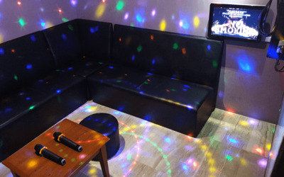 (Mon - Thu) Sing-All-You-Can Karaoke Session for up to 5 People