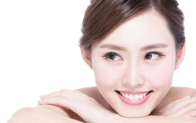 1x Ultimate Facial + Massage + Oxy (45 Menit)