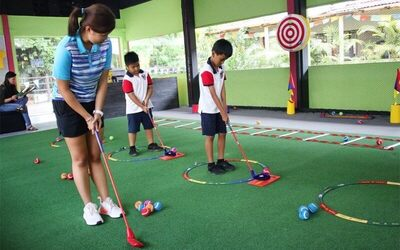 1-Hour Golf Lessons for 2 Children