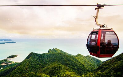 Matchinchang Trekking Tour and Cable Car Ride for 1 Person