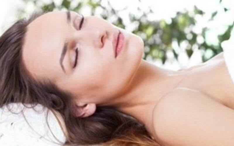 2-Hour Korean Ginseng Facial with Eye, Shoulder, and Neck Therapy for 1 Person