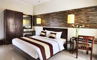 Seminyak: 4D3N in One Bedroom Pool Villa + Breakfast + Lunch / Dinner - RR