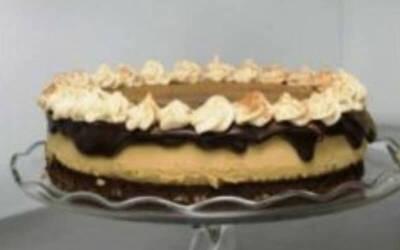 Yule Log Cake (Panjang 30 Cm)