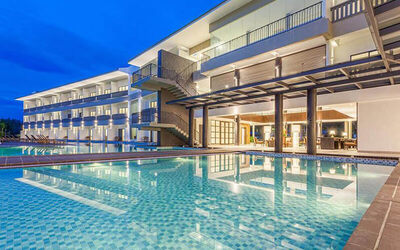 Langkawi: 4D3N Stay in Deluxe Room with Breakfast for 2 People