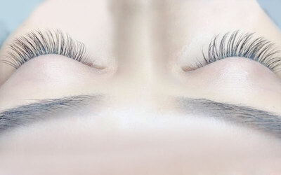 Natural Korean Mink Eyelash Extensions with Touch-Up for 1 Person