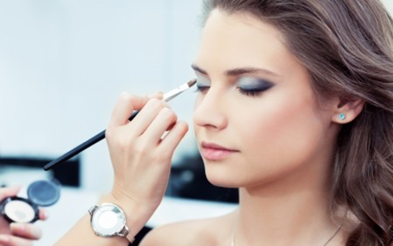 2.5-Hour Korean Personal Make-Up Class for 2 People