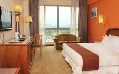 Ipoh: 2D1N Stay in Executive Room at Heritage Hotel Ipoh with Breakfast for 2 People