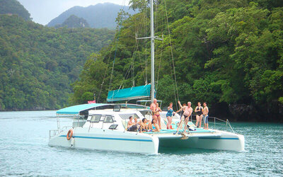 6-Hour Geopark Day Cruise by Crystal Yacht for 1 Child