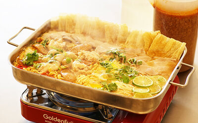 [MAR SCH HOLS] Premium Thai Mama Noodle and Kurobuta Pork Hotpot Set for 3 - 4 People