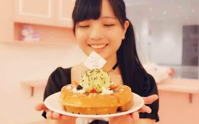 Buy 1 Free 1 Waffles / Eggette Set