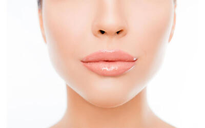 Korean Vitamin C V-Shape Facial Spa with Omega Light Treatment + Free Eye Mask + Hand Massage