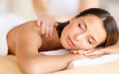 1x Full Body Massage + Sauna + Underarm Waxing + Ear Candle (155 Menit)