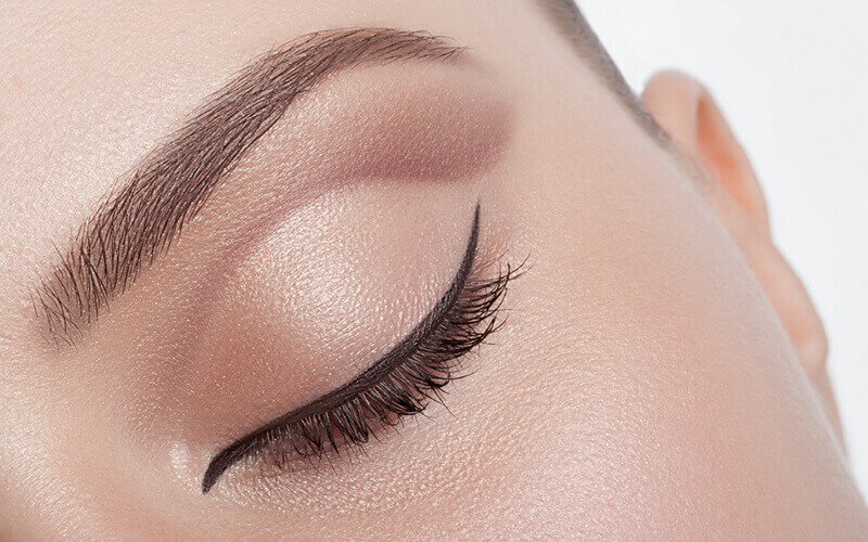 2-Hour Eyebrow Embroidery with Touch-Up for 1 Person