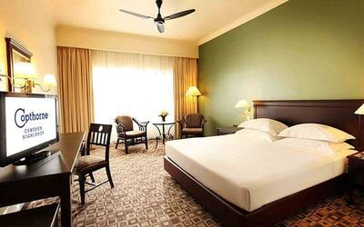 Cameron Highlands: 2D1N Stay in Superior Room for 2 People