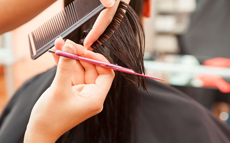 Voucher seharga Rp. 130.000,- Nett untuk Cutting + Hair Wash + Natural Blow/Curly/Catok for Woman