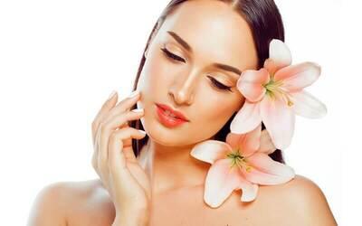 1x Facial Treatment + Microdermabrasion + Peeling Radiant Glow + Oxygen Spray