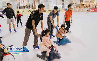 [10.10 Sale] 2-Hour Ice Skating Admission with Rental Skates for 1 Child
