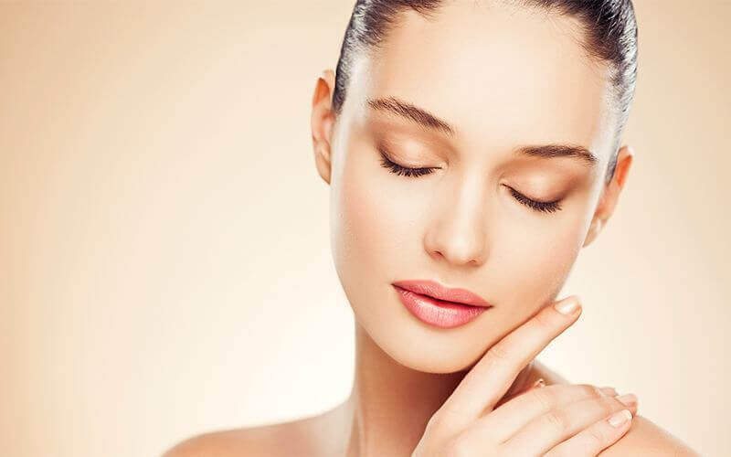 Brightening and Lifting Facial for 1 Person