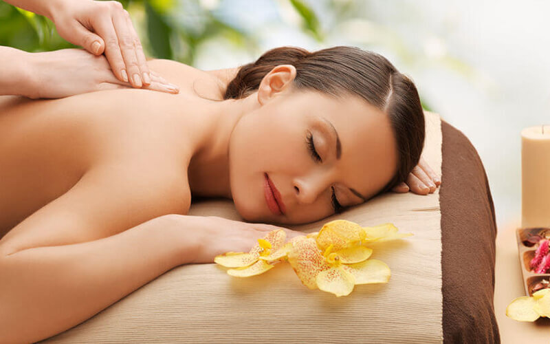 2-Hour Aroma Lymphatic Massage with Ear Candling for 2 People