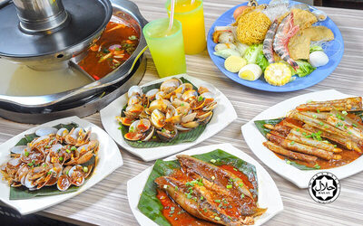 Steamboat with BBQ Set and Drinks for 2 People