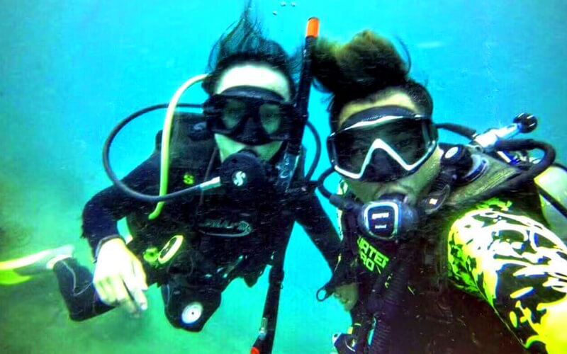 Sapi Island: Discover Scuba Diving for 2 People