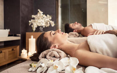 60-Minute Essential Hydralift Facial with 60-Minute Access to Spa Facilities and Refreshments for 1 Person