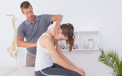 Chiropractic Spinal Check with Treatment for 1 Person (2 Sessions)
