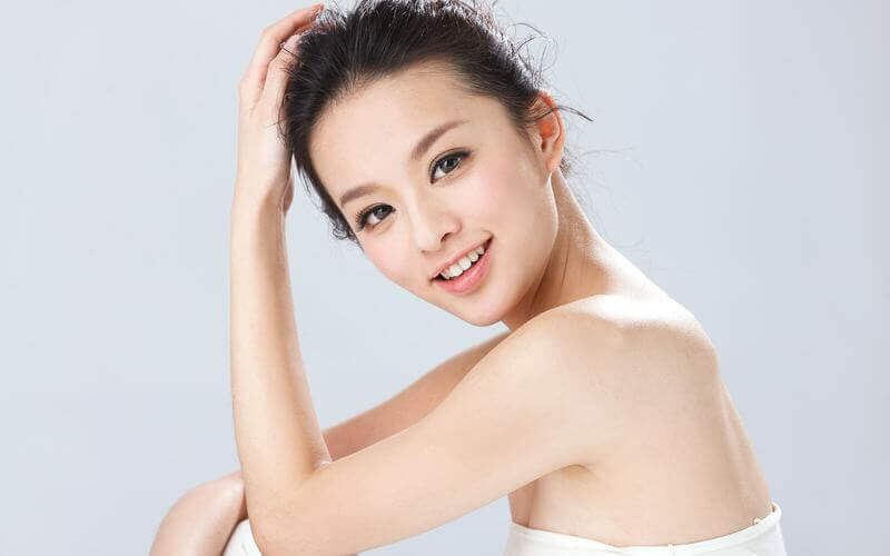 1-Hour SHR Brightening Facial with Stem Cell Mask + Neck and Shoulder Massage for 1 Person (3 Sessions)