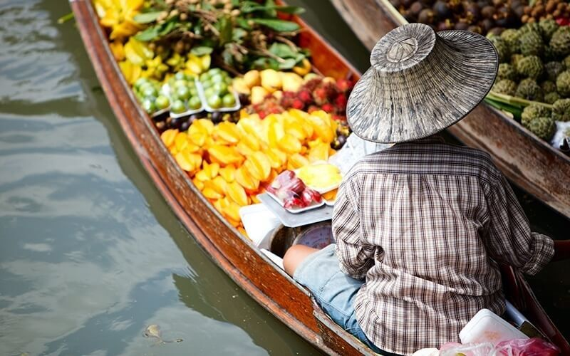 Bangkok: Half-Day Tour to Damnoen Saduak Floating Market and Mae Klong Railway Market for 2 People