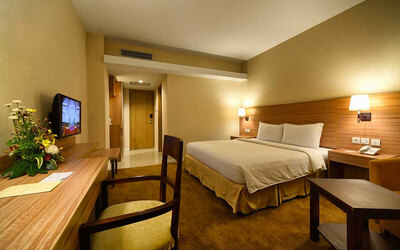 Pekanbaru: 2D1N in Superior Room + Breakfast