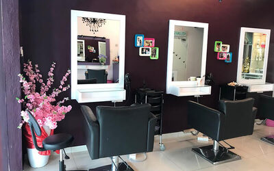 Chemical Hair Service with Ampoule + Wash and Blow for 1 Person